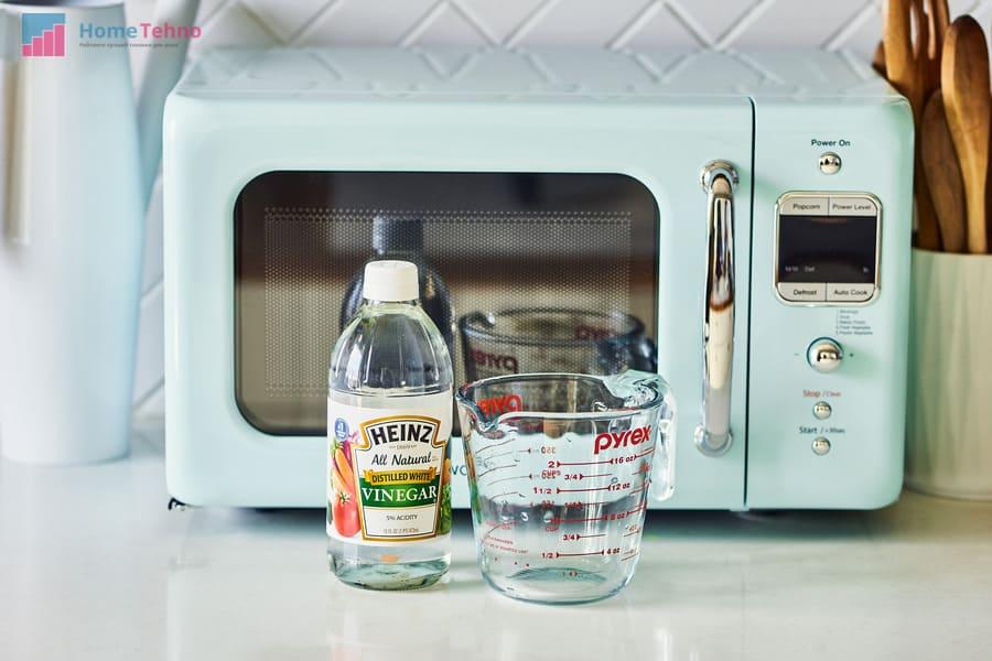 как помыть микроволновку уксусом