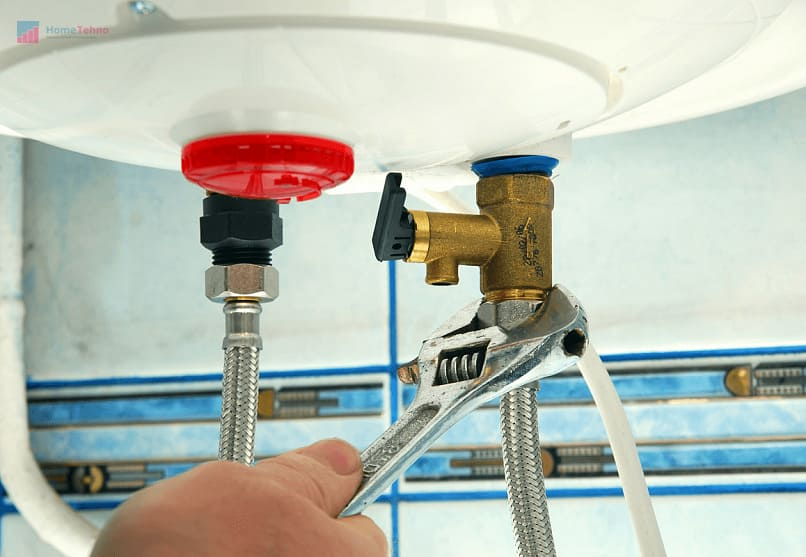 какой инструмент нужен для подключения водонагревателя