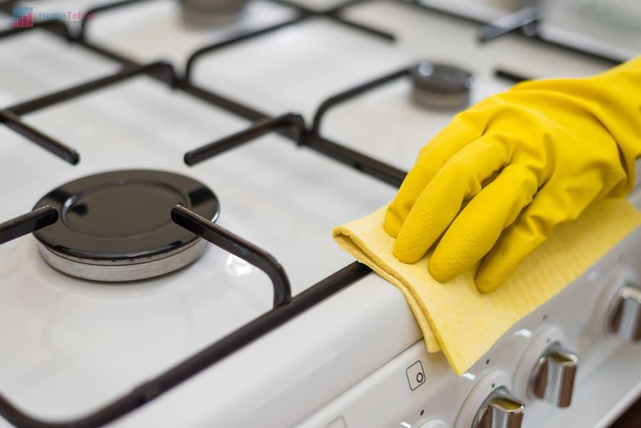 продолжаем чистить газовую плиту