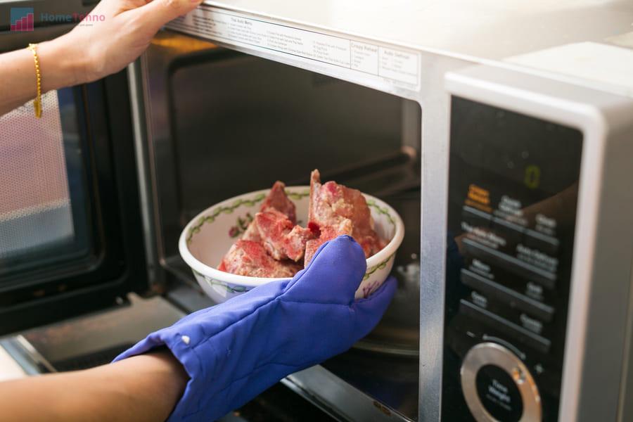 советы по разморозке еды в микроволновой печи