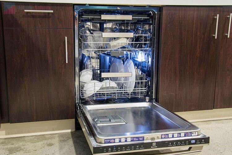 лучшая встраиваемая посудомойка Electrolux ESL94200LO